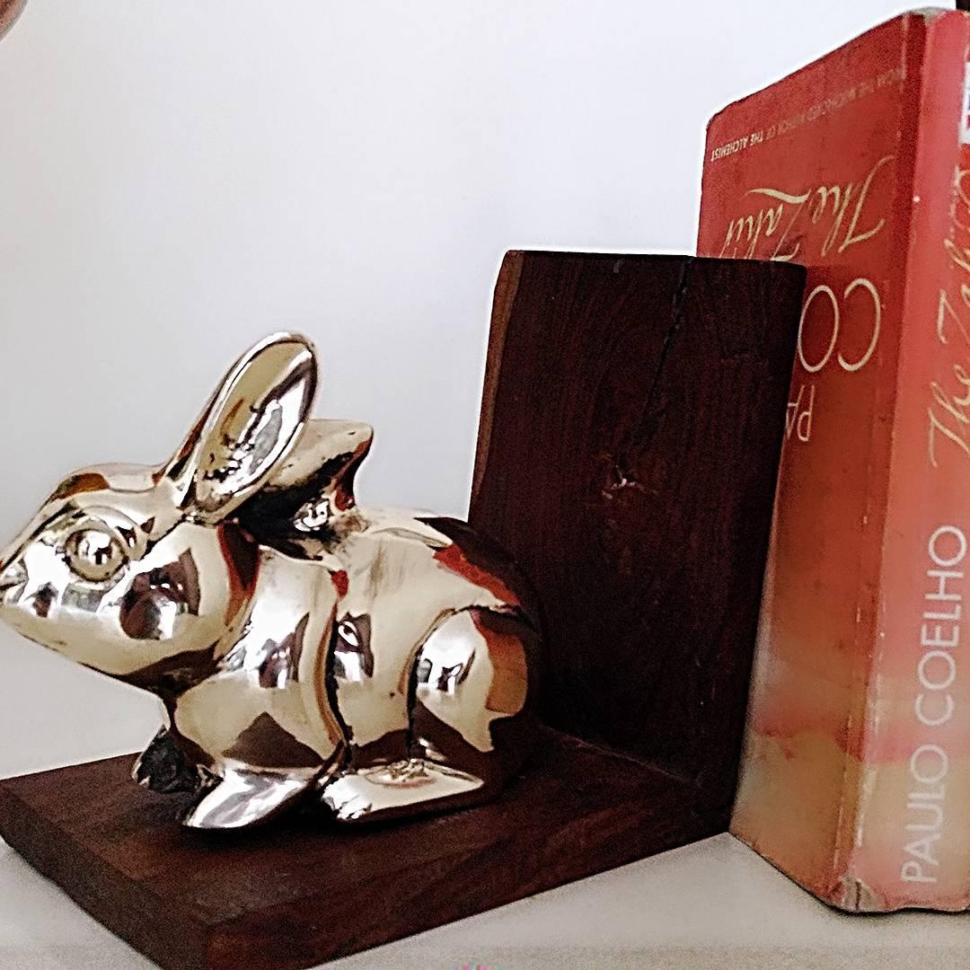 Manor House Decor,  bunny, ᴇᴀsᴛᴇʀᴇɢɢs, bunniesofinstagram, bookends, #manorhousedecor, rabbit, easterweekend