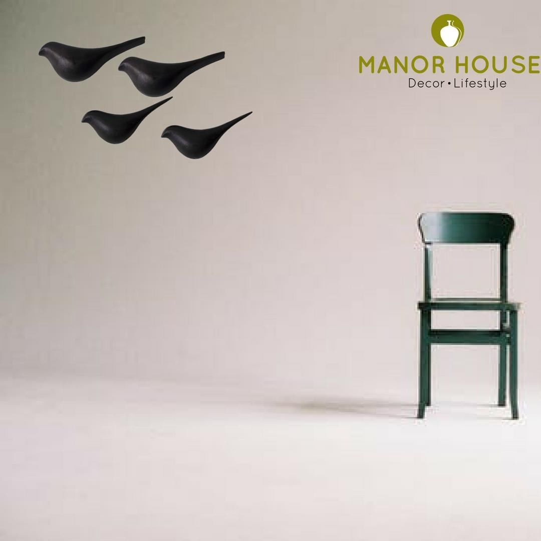 The Shoal of Birds take a flight. The 3D wall sculpture range by Manor House is clutter breaking and has all statement pieces.  Shop link:⠀ https://buff.ly/2QIe9RQ⠀ @manor_house_decor⠀ #interiorinspiration #walldecorationideas #interiorinspo #homedecor #ManorHouse #homeinspo #walldecor #sculptures