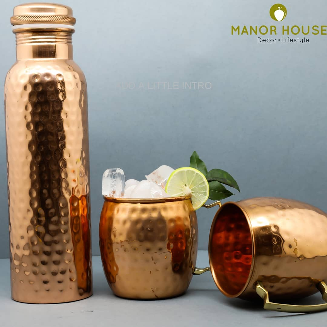 Heathy Diwali equals Happy family! @manor_house_decor Hammered copper bottle and copper mules make smart gifts and excellent for self use. Bring some old charm on the table please. #manorhousedecor #copperbottle #copperware #kitchendecor #kitchengifts #mules #coppermug #gifting #gift #giftforhome #diwaligift #weddinggift #weddingdecor #partyplanner