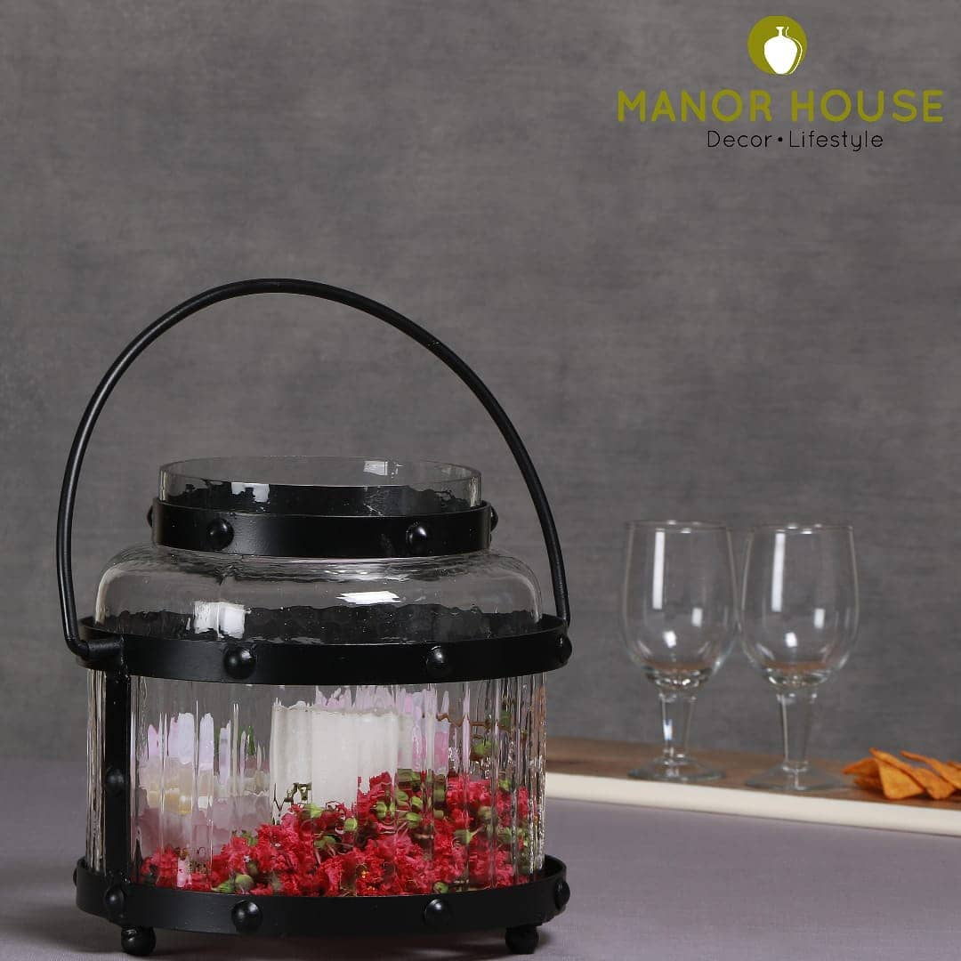 This lantern gives a portal for artwork.  Is this for experiencing frangrant candles or for using as a flowerbed or would you like to put inside some pretty fairy lights which are otherwise hiding in your loft, waiting for Diwali.  It's upto you..  Propel creativity on how you want to style it! @manor_house_decor  #manorhousedecor #manorhouse #lantern #tablecenterpiece #tablesetting #candleholder #çandlestand #diwali2020 #diwaligift #giftingideas #homedecor #housetohome #styling #homeaccesories