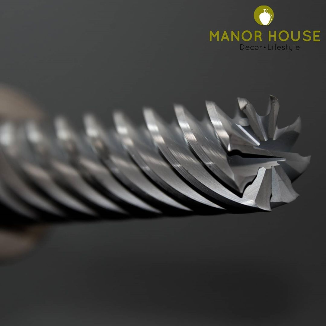 Manufacturing is a crucial aspect to get #makeinindia a reality. Support artisans of India  @manor_house_decor  #manorhousedecor #manorhouse #golocal #golocalbuylocal #artisansofindia #handicraft #homedecorlovers