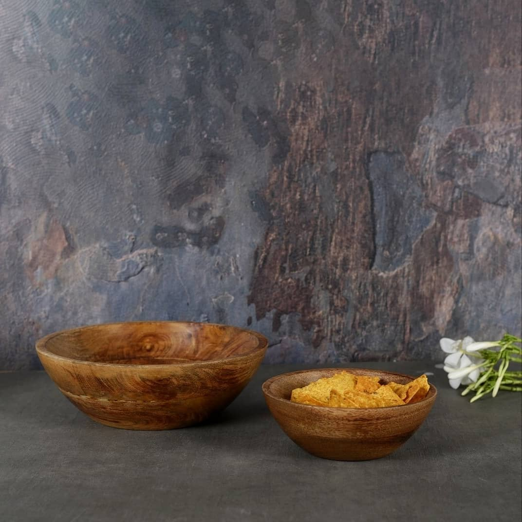 Upgrade to this Snack Wooden Bowl that makes your munchies and High-Tea look more delicious & presentable.  . . . . . #wooden #woodenbowl #tea #teatime #snacks #munchies #homedecor #kitchenware #wood #handmade #handcrafted #hightea