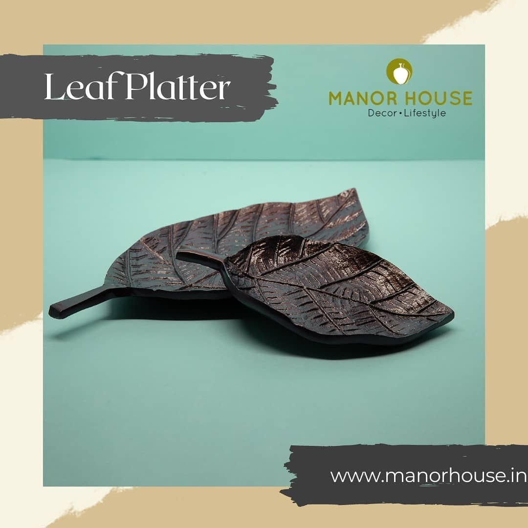 Looking for something to make a mark at your parties? Upgrade to this set of black copper polished leaf shaped platter which is ideal for your centre table or to serve dry snacks. The shape of this platter gives it more durability along with uniqueness. . . . . #home4u #serveware #dinnerware #dinnercollection #ethnic #ethnictouch #tabledecor #tablesetting #platter #kitchendecor #dining #tablescapeartist #tablesettingideas #tablesettings #dinnersetting #dinnerset #beautifulhomes #homestore #apartmentdecor #tablescapes #tablescapestyling #tableware #dinnerideas #tablesetup #leaf #leafshapeplatter #decor #durable #copper  @bloominghomeee  @transformation_tales @home_iswhereheartis @raw_all_india #uchomes @urbancompany_homes @pretty_small_spaces @creative_homestyles
