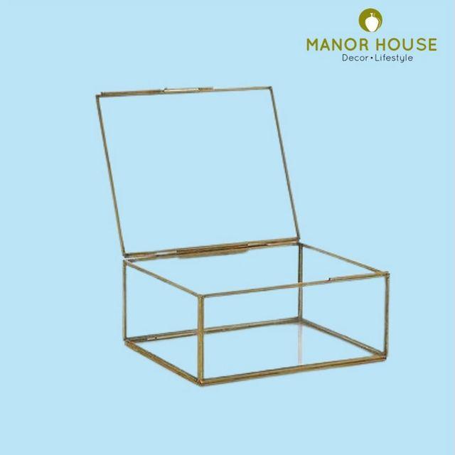 Manor House Decor,  organisers, jewellery, jewelleryorganisers, exclusivebox, gifts, giftforher, mirrorbox, bathroomaccessories, accessories, homedecor, decor, style, makeup, box, organizer, jewels, keepsakes, transparentbox, premiumbox, decorforher, collection